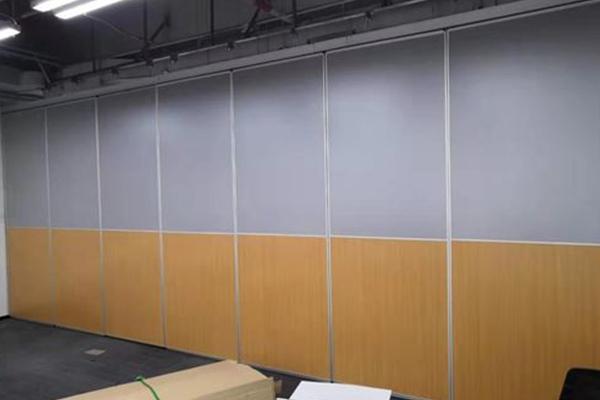 饰面板隔断